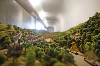 Museum of The Gorge 3 - Scale model of the Gorge - Ironbridge.jpg